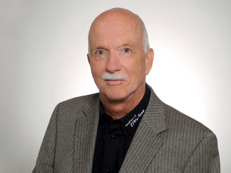 Dr. Rainer Mallée